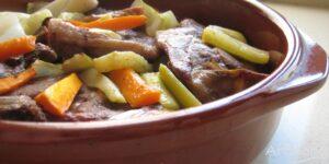 Receta de cordero con verduras al horno